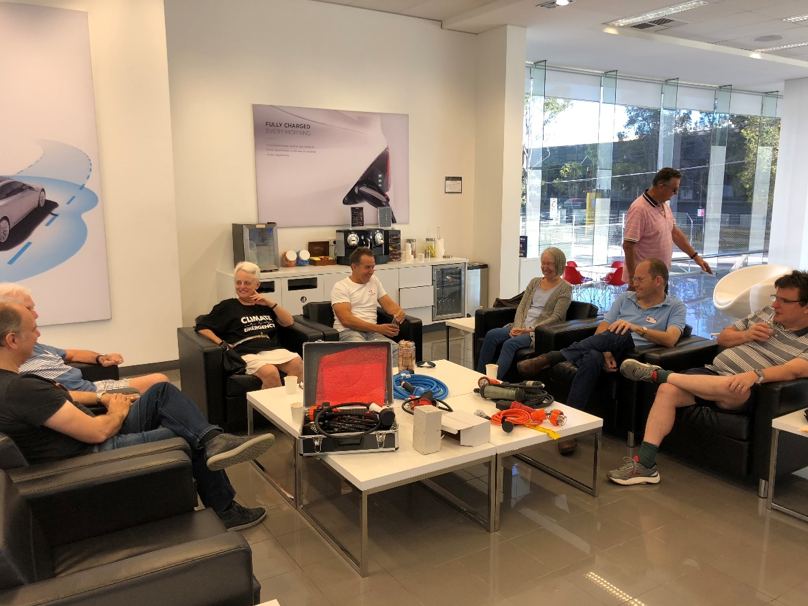 On 25th March we had our first coffee catch up at Tesla St Leonards and took the time to discuss all things charging.  Experiences ranged from those yet to pick up their car to the club's own charging lone ranger Richard McNeall!