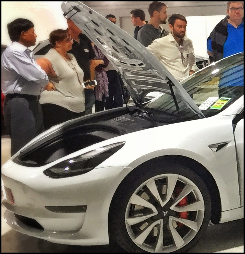 Obsession Car Detailing in Mitchell, Canberra hosted a paint protection, coatings & information night aimed at Tesla Model-3 owners but relevant to all Tesla owners.
